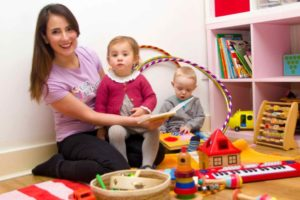 elisa-home-babysitting